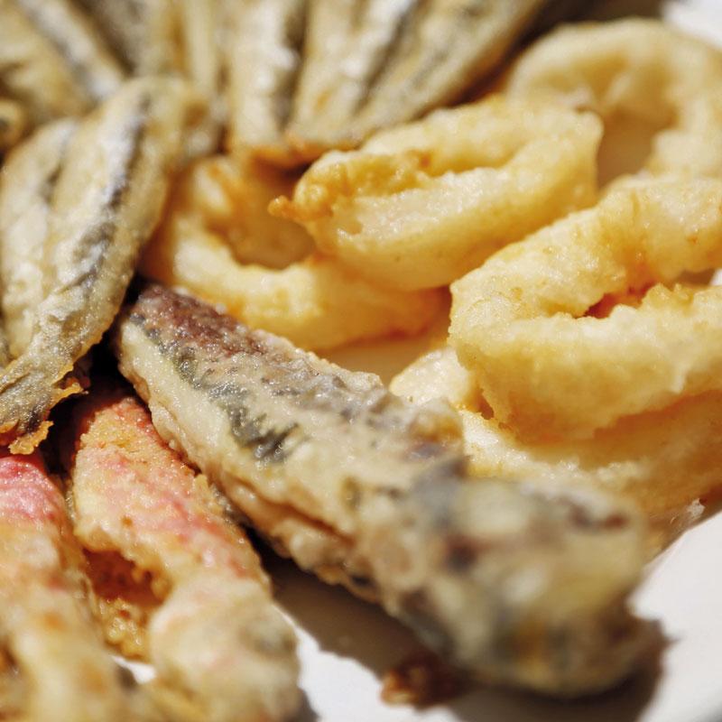 Fried fish Málaga style
